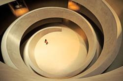 Rodando, da autoria de António Alves Tendim (Portugal) // Imagem Vencedora na Categoria Público em Geral